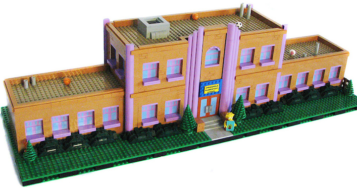 LEGO  The Simpsons    Springfield Rebuilt Entirely Out Of LEGOLego Simpsons House