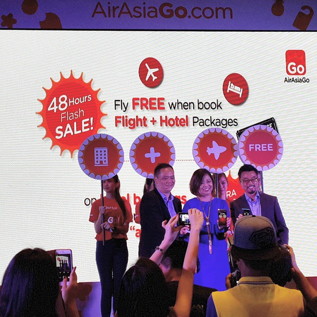 Great news, peeps! There's a 48 hours @airasiago FLASH SALE (on both flight +hotel packages & hotel stays) on 29th - 30th Jan.  Free flights when we purchase together with hotel? Yes please! Just remember to key in the
